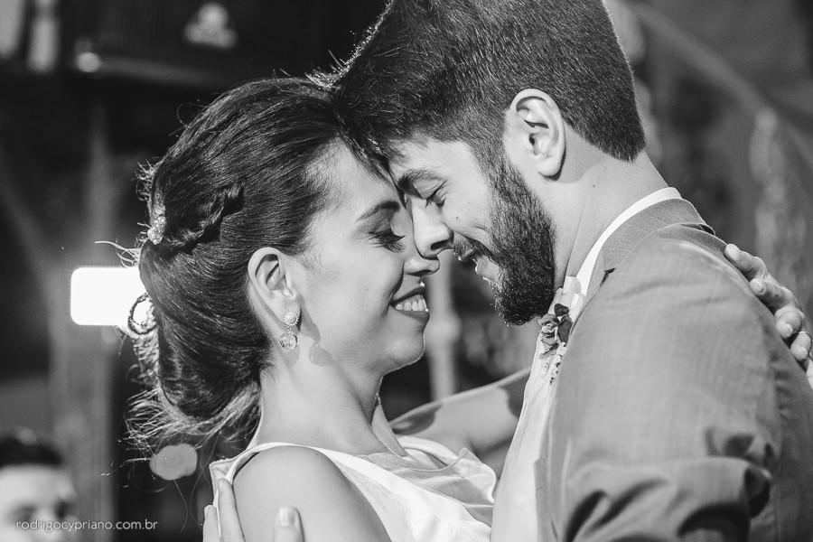 fotografo-casamento-narayana-guilherme-espacoquintal-sp-53
