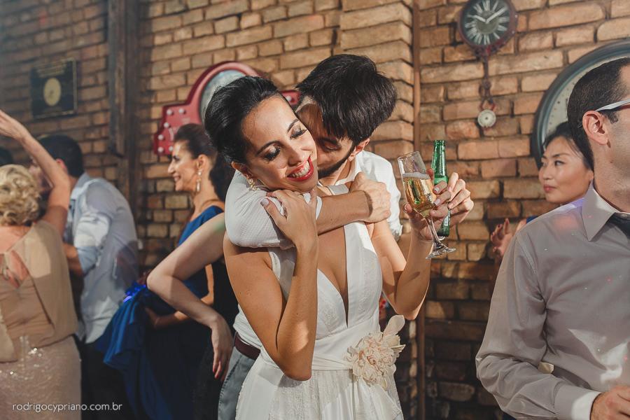 fotografo-casamento-narayana-guilherme-espacoquintal-sp-75